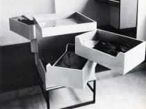 Eileen-Gray-Pivoting-Chest